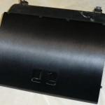Обтяжка крышки бардачка ВАЗ 2110 виниловой пленкой под шлифованный алюминий