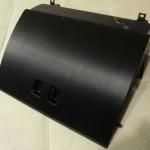 Оклеенная крышка бардачка ВАЗ 2110 виниловой пленкой под шлифованный алюминий