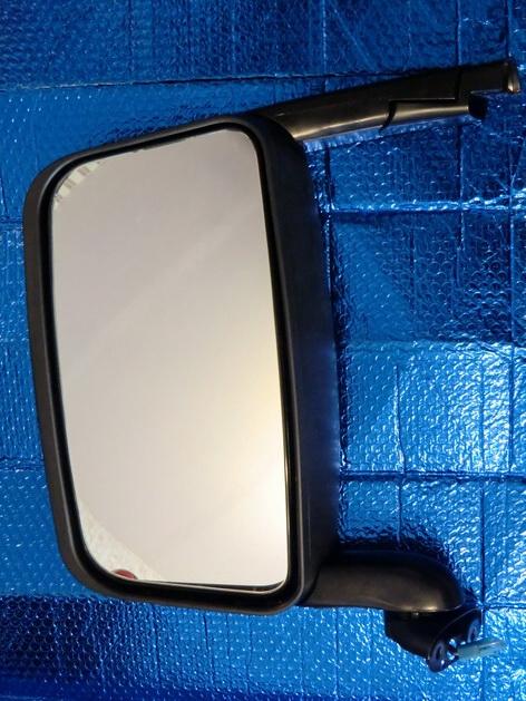 зеркало Scania